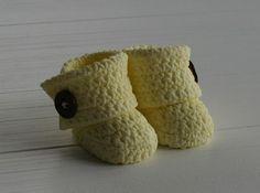 Crochet Baby Uggs Tutorial - by Tamataartje @ CakesDecor.com - cake decorating website