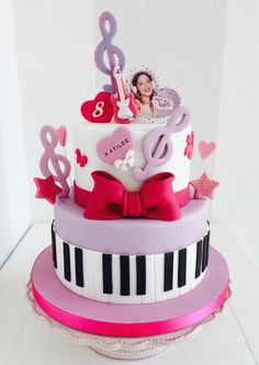 Violetta - Cake by Bella's Bakery Pretty Cakes, Cute Cakes, Beautiful Cakes, Music Themed Cakes, Music Cakes, Violetta Torte, Fondant Cakes, Cupcake Cakes, Birthday Cakes