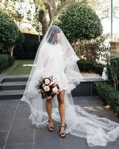 Backyard Wedding Dresses, Mini Wedding Dresses, Wedding Dress With Veil, Wedding Dress Trends, Wedding Attire, Belle Bridal, Bridal Style, Wedding Looks, Bridal Looks