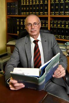 """ΔΙΚΗΓΟΡΙΚΟ ΓΡΑΦΕΙΟ ΓΙΑΓΚΟΥΔΑΚΗΣ ΚΑΒΑΛΑ,  τ. 2510834031 - Ειδικός Δικηγόρος σε Διαζύγια, Οικογενειακό Δίκαιο, Ποινικό Δίκαιο- 'Οραμά μας ένας καλύτερος κόσμος χωρίς αδικίες! """"Είμαστε εδώ για να σε βοηθήσουμε Άμεσα, Πιστά και με Συνέπεια"""". Blazer, Jackets, Down Jackets, Blazers, Jacket"""