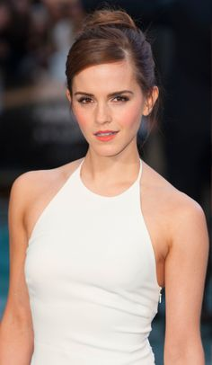 SparkLife » Emma Watson VS. Herself, Part DEUX: Will Sexy or Subtle Win Your Vote?