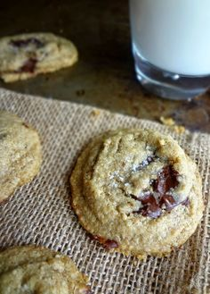 The Cooking Actress: Healthy Oat Chocolate Chip Cookies