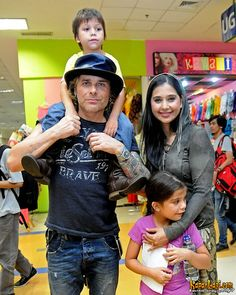 Mike Tramp and his family #WhiteLion