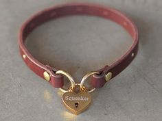 CALIFORNIA COLLAR CO - leather dog collars, leashes & accessories - LOCKETTE COLLAR - locking leather ID holder