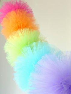 rainbow tulle pom pom garland...an easy and fun DIY