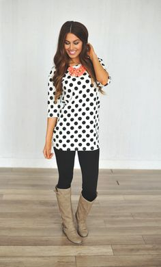 Wear with cropped black pants & sandals to match necklace Cute Fashion, Modest Fashion, Fashion Outfits, Fall Winter Outfits, Autumn Winter Fashion, Casual Outfits, Cute Outfits, Dottie Couture Boutique, Teaching Outfits