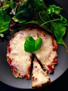 Sajtos-sonkás pizza