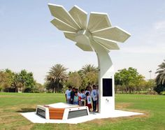 Solar-powered Smart Palms provide beachgoers with Wi-Fi and charging stations