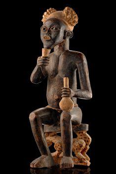 Sculpture Museum, Africa Art, Effigy, Art Auction, Tribal Art, Ancient History, Black Art, Sculptures, Royal Court