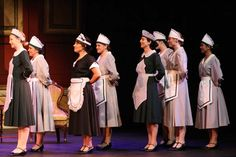 Sets of maid costumes in gray or hunter green with cotton or organdy aprons and hats Annie Broadway Costumes, Theatre Costumes, Cool Costumes, Maid Costumes, Costume Ideas, Annie Play, Annie Musical, Annie Costume, Lorde Hair