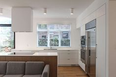 addition for an Edwardian home in Toronto/ Mehdi Marzyari Architects