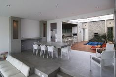 Love and relaxation in modernized house of Peru Gomez de la Torre & Guerrero Architects