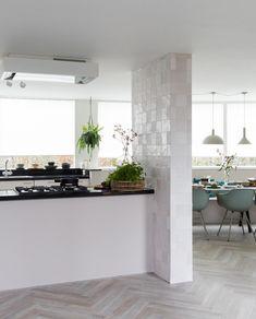 Kitchen Interior, Kitchen Design, Dining Area, Dining Table, Interior Styling, Interior Design, Kitchen Hoods, Next At Home, Vintage Kitchen