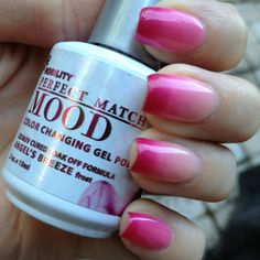 Lechat Mood Gel Polish: Angel's Breeze This polish is amazing! The color seems to be constantly changing, and I find myself frequently. Mood Changing Nail Polish, Mood Gel Polish, Color Change Nail Polish, Shellac Colors, Shellac Nails, Manicures, Nail Nail, Gel Nagel Design, Mood Colors
