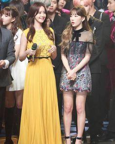 Why r they look  like mother and daughter? What happen? . [no caption] . #soshionce #twice #snsd #dahyun #momo #sana #mina #nayeon #jihyo #tzuyu #chaeyoung #jeongyeon #taeyeon #tiffany #sunny #yuri #yoona #seohyun #sooyoung #hyoyeon #sone #once .  agict
