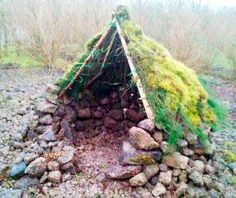 UK Blogger Kevin Langan Challenges Himself to Build 100 Huts Exclusively From Natural Materials