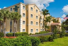 View deals for Homewood Suites Bonita Springs. Business guests enjoy the free breakfast. Promenade at Bonita Bay is minutes away. Naples Hotel, Two Bedroom Suites, Corporate Apartments, Homewood Suites, Beach Bars, Photo Library, House In The Woods, Hotel Reviews, Outdoor Pool