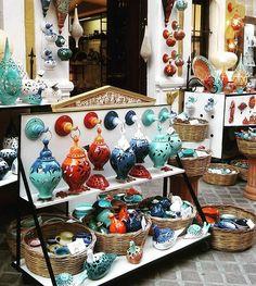 Która lampa ? Bo chcę mieć każdą ❤ #szaleństwo #lampy #ceramika #designer #design #moda #grecja #greece #travelgirl #agrafkageografkablog #agrafka #harddecision #travel #traveler agrafkageografka.blogspot.com