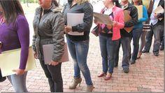 Banco Mundial: Uno de cada cinco jóvenes en Latinoamérica ni estudia ni trabaja http://www.inmigrantesenpanama.com/2016/01/20/banco-mundial-uno-cinco-jovenes-latinoamerica-estudia-trabaja/