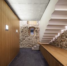 Architects: Javier de las Heras Solé Location: Plaça del Vi, 4, 17004 Girona, Girona, Spain