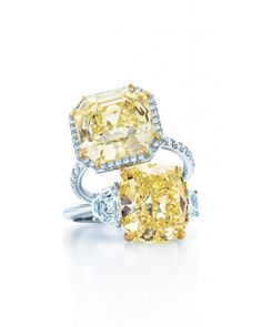 Why are these #rarediamonds valued at such high prices? #yellowdiamonds #diamonds #diamondring Find out why: http://luxurybuyers.com