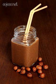 Koktajl nutellowy z prawdziwych orzechów laskowych (bez cukru!)