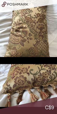 Non smoking house High quality beautiful golden cushion Accents Accent Pillows Accent Pillows, Smoking, Cushions, Closet, House, Beautiful, Things To Sell, Style, Fantasy