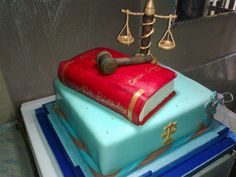 Lawyer's cake Lawyer Cake, Piece Of Cakes, Butter Dish, Graduation, Pasta, Dishes, Baking, Crack Cake, Tablewares