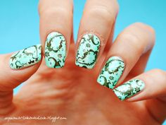 Confessions of a Polishaholic: Mint saran wrap with paisley