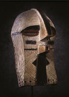 Mask of Kifwebe Society  (Republic of Congo, Luba or Songye peoples, 20th century)