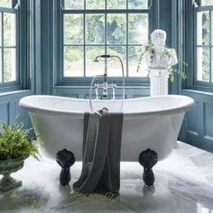 Burlington Bateau Freestanding Roll Top Bath : UK Bathrooms now only in The Big Bathroom Brands Sale Bath Mixer Taps, Bath Taps, Stand Alone Bathtubs, Bathroom Fitters, Double Ended Bath, Wall Mounted Taps, Bath Screens, Shower Screens, Bath Uk