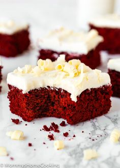 These showstopper Eggless Red Velvet Brownies are the perfect excuse to indulge! Über-rich and decadent, these reddies are easy to make and decorate. Red Velvet Brownies, Red Velvet Desserts, Red Velvet Recipes, Velvet Cake, Eggless Brownie Recipe, Brownie Recipes, Cake Recipes, Egg Free Cakes, Valentines Food