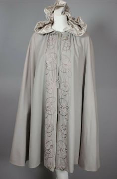 SOLD Art Nouveau 1900s cape embroidered wool