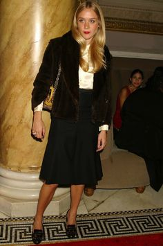 """lelaid:  """" Chloë Sevigny in Louis Vuitton at an event in NYC, October 2004  """""""