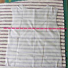 Streifenshirt nähen Vorderteil zuschneiden Athletic Tank Tops, Two Piece Skirt Set, Sewing, Dresses, Tricks, Women, Tutorials, Diy, Fashion