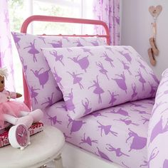 This Ballerina Single Fitted Sheet and Pillowcase Set is a finishing touch for any ballet or dance themed bedroom. Matching bedding and free UK delivery available. Lilac Bedding, Crib Bedding, Percale Sheets, Bed Sheets, Ballerina Bedroom, Flannelette Sheets, Bedroom Themes, Girls Bedroom, Bedroom Ideas