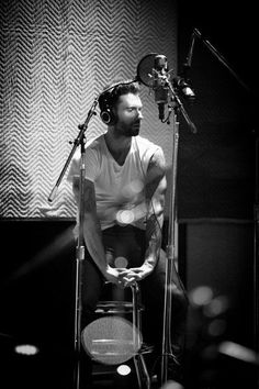 Adam Levine, one of my favorite artist, definitely my fav male vocalist! :D