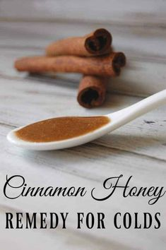 Cinnamon Honey Remedy for Colds - This is probably the world& simplest remedy and you already have all the ingredients! Cinnamon Honey Remedy for Colds - This is probably the worlds simplest remedy and you already have all the ingredients! Cold Remedies Fast, Cough Remedies, Holistic Remedies, Herbal Remedies, Acne Remedies, Natural Remedies For Congestion, Natural Cold Remedies, Honey And Cinnamon, Alternative Medicine
