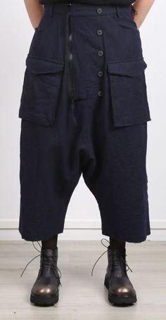 Rundholz – Trousers length with zipper blue ink – Winter 2017 - Bohem Style Dark Fashion, White Fashion, Fashion Pants, Fashion Outfits, Womens Fashion, Armor Clothing, Madame, Mode Style, Military Fashion