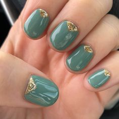 green nails with gold triangle cuticles boho nails never looked so good!