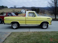 A Brief History Of Ford Trucks – Best Worst Car Insurance 79 Ford Truck, Truck Flatbeds, Ford Pickup Trucks, Small Trucks, Cool Trucks, Classic Ford Trucks, Classic Cars, Panel Truck, Old Fords