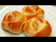 Rose Shaped Dinner Rolls Recipe - Turkish Pogaca Pastry - YouTube