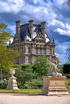 Paris (by mr.maros) (All things Europe) Beautiful Paris, Beautiful Castles, Beautiful Buildings, Paris Travel, France Travel, Places To Travel, Places To Visit, Jardin Des Tuileries, Louvre Paris