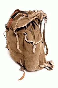 Metal frame vintage rucksack with deep side pockets