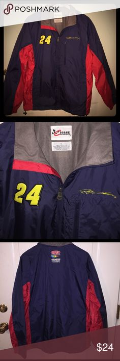 NASCAR Jeff Gordon #24 Chase Windbreaker For sale is a size Large, Men's NASCAR Jeff Gordon full zip windbreaker. Produced by Chase Authentics, known for their NASCAR memorabilia, this item is comprised: 100% nylon shell, 100% polyester body lining, and 100% nylons sleeve linings. Features the Jeff Gordon signature on the left chest and bring 24 on the right chest. On the back of the windbreaker, it features the DuPont Motorsports and Hendricks Motorsports logos. Windbreaker is navy blue and…