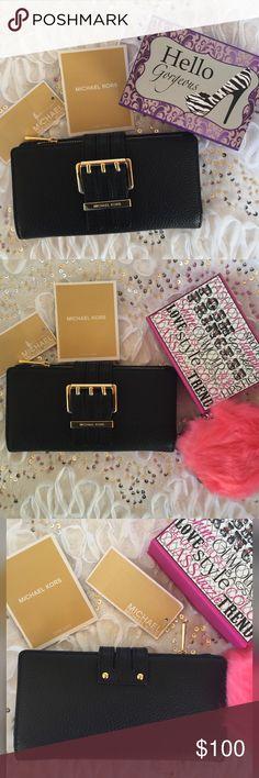 Spotted while shopping on Poshmark: Micheal Kors trifold wallet! #poshmark #fashion #shopping #style #MICHAEL Michael Kors #Handbags