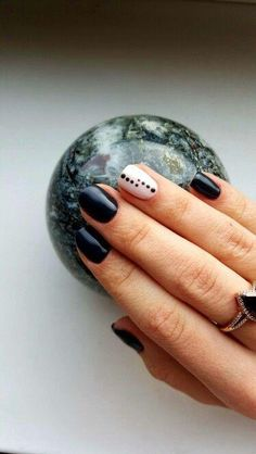 There are nail designs that include only one color, and some that are a combo of several. Some nail designs can be plain and others can represent some interesting pattern. Also, nail designs can differ from the type of nail… Read more › Nail Art Designs, Black Nail Designs, Nails Design, Design Art, Minimalist Nails, Love Nails, Pretty Nails, Dot Nail Art, Nagel Gel
