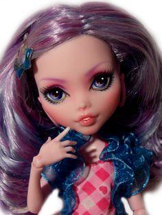 ☠ OOAK custom Monster High doll repaint Draculaura ☠