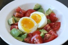Great spring breakfast for phase 3 of the fastmetabolismdiet Soft Egg with Avocado and Tomatoes: My obsessive nature Fast Metabolism Recipes, Fast Metabolism Diet, Metabolic Diet, Hcg Diet, Fruit Salad Recipes, Diet Recipes, Cooking Recipes, Healthy Recipes, Zone Recipes