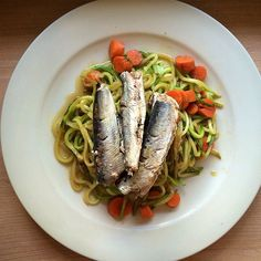 Zucchini noodles and #WildPlanet Sardines for lunch - yum! We always love @zucchiniandcarrots delicious meals. #wildplanetsardines #zoodles #sustainableseafood #paleo